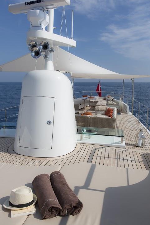 Classic Yacht Feadship Sultana 004