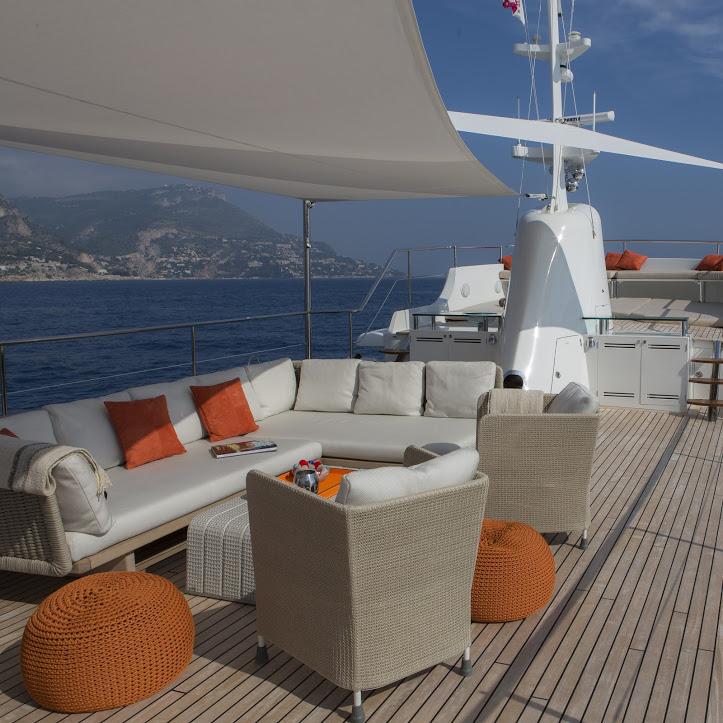 Classic Yacht Feadship Sultana 008