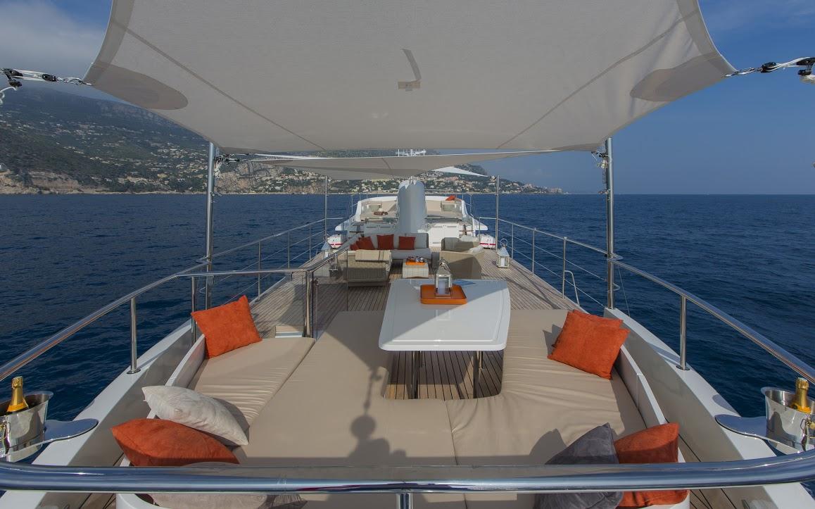 Classic Yacht Feadship Sultana 012