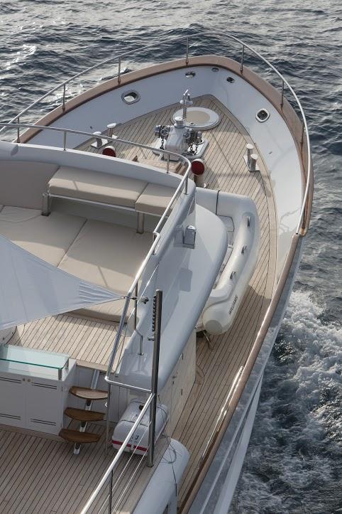 Classic Yacht Feadship Sultana 042